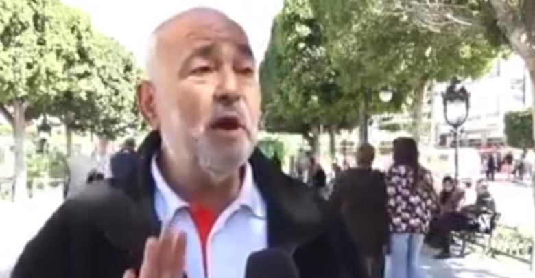 بالفيديو تونسي يدعي مداواة الكورونا عبر التواصل مع الملائكة