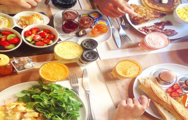 تناول هذه الأطعمة فى سحور رمضان لتجنب الجوع والعطش انواع طعام لابد ان تتوافر علي سفرة السحور من هنا